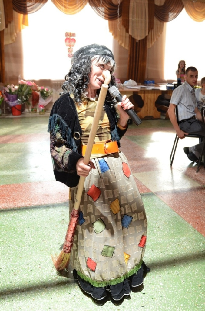 Ведущие на свадьбу, свадебный тамада в Уфе : 196 ведущих и цены