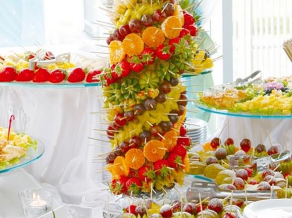 Изготовление фруктовой пальмы на корпоратив :: Ольга и Владимир Хмельницкие