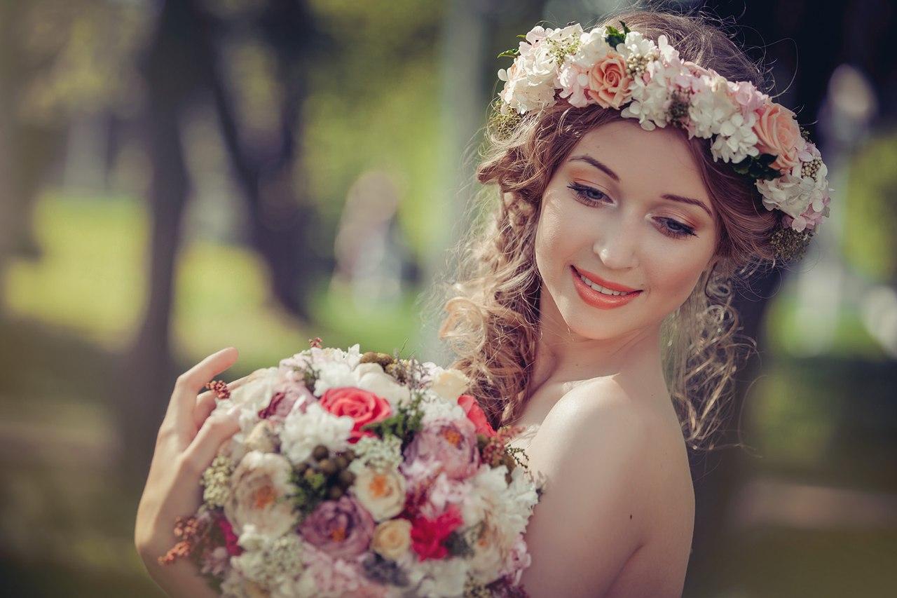 Свадебная причёска с венком